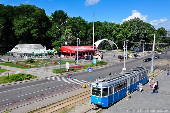 Walking the streets of beautiful Vinnitsa, Ukraine, photo 1