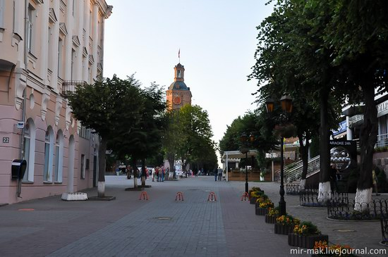 Walking the streets of beautiful Vinnitsa, Ukraine, photo 10