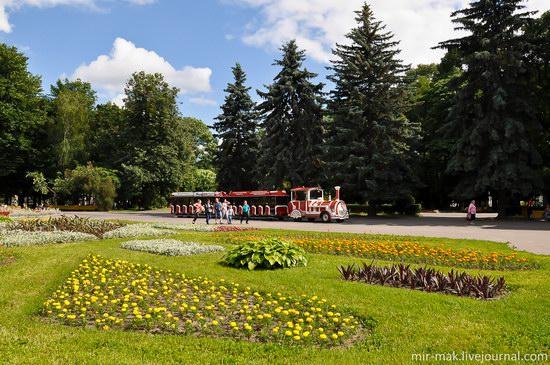 Walking the streets of beautiful Vinnitsa, Ukraine, photo 5