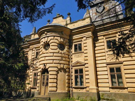 Badeni palace, Koropets, Ukraine, photo 6