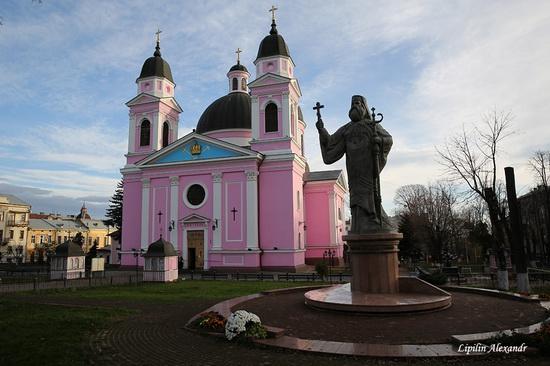 Chernivtsi Ukraine sights, photo 7