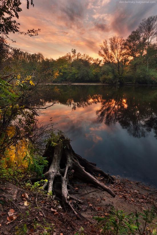 The fall on the island of Khortytsia, Zaporozhye, Ukraine, photo 3