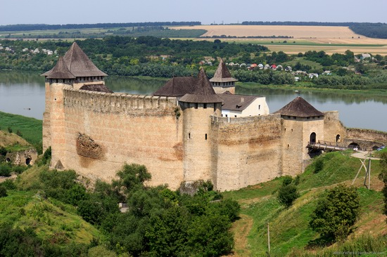 Khotyn fortress, Ukraine, photo 1