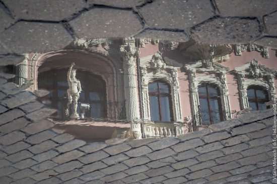 The reflections in the puddles of Odessa, Ukraine, photo 2