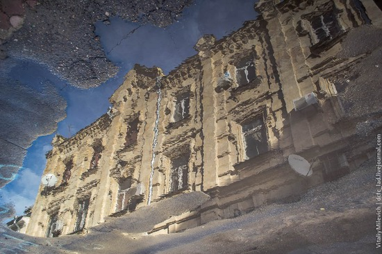The reflections in the puddles of Odessa, Ukraine, photo 3
