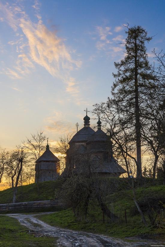 St. Michael church, Komarno, Ukraine, photo 11