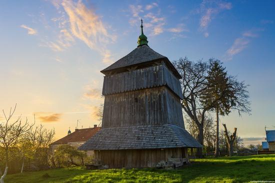 St. Michael church, Komarno, Ukraine, photo 2