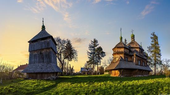 St. Michael church, Komarno, Ukraine, photo 3