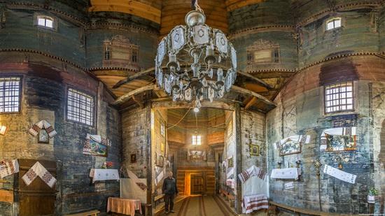 St. Michael church, Komarno, Ukraine, photo 8