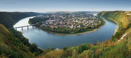 Zalishchyky resort town, Ternopil region, Ukraine, photo 1