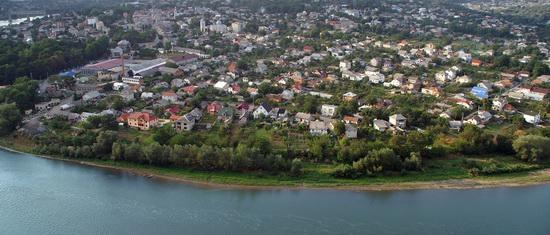 Zalishchyky resort town, Ternopil region, Ukraine, photo 2