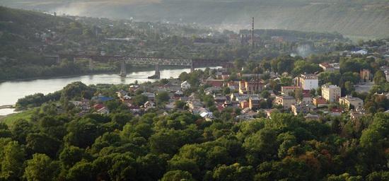 Zalishchyky resort town, Ternopil region, Ukraine, photo 3