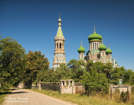 The Assumption Cathedral in Bila Krynytsya, Ukraine, photo 1