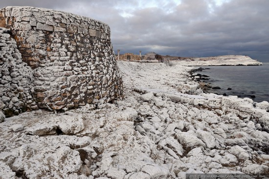 Ice age in Crimea - ice-bound Chersonese, photo 3
