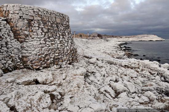 Ice age in Crimea - ice-bound Chersonese, photo 3
