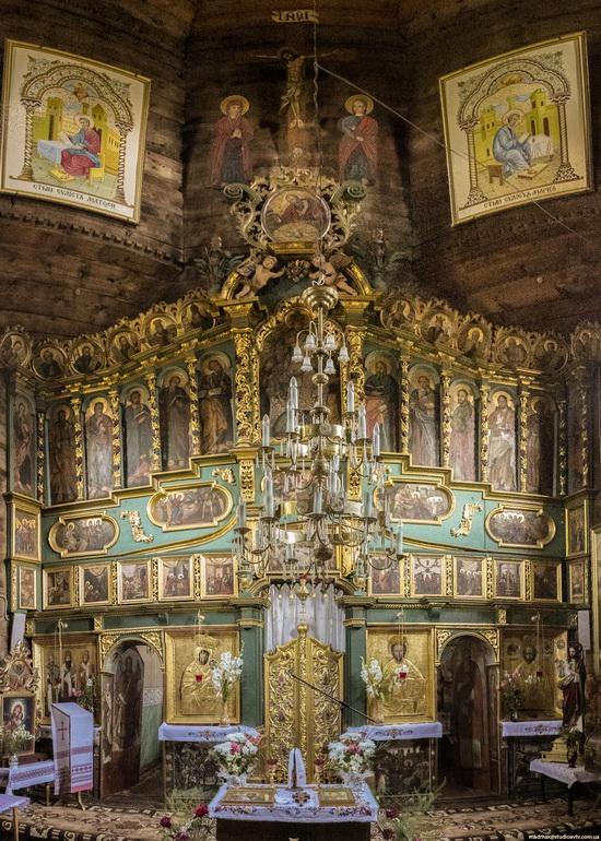 St. Nicholas Church in Sasiv, Lviv region, Ukraine, photo 7