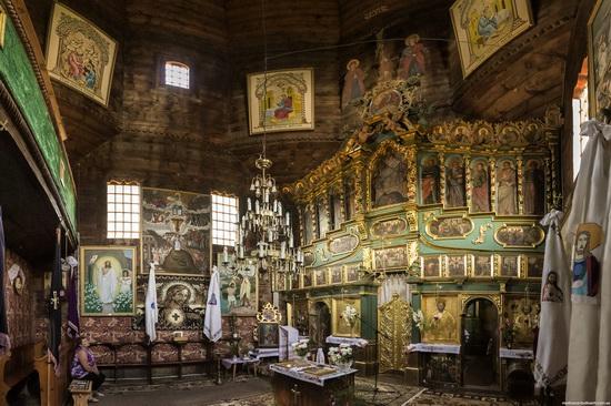 St. Nicholas Church in Sasiv, Lviv region, Ukraine, photo 9