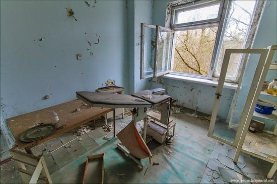 Chernobyl zone 29 years later, Ukraine, photo 6