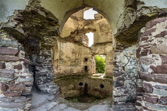 Chervonograd palace remains, Ternopil region, Ukraine, photo 12