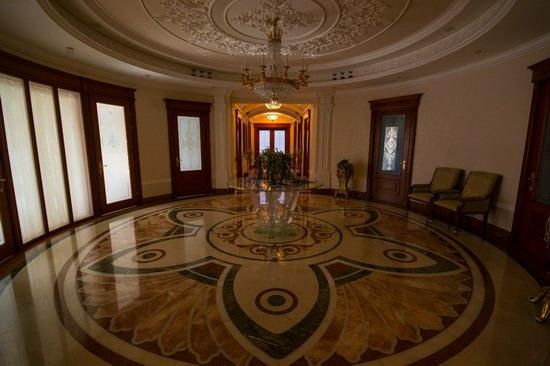 The former residence of Yanukovych in Mezhyhiria, Ukraine, photo 11