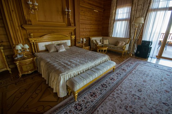 The former residence of Yanukovych in Mezhyhiria, Ukraine, photo 21