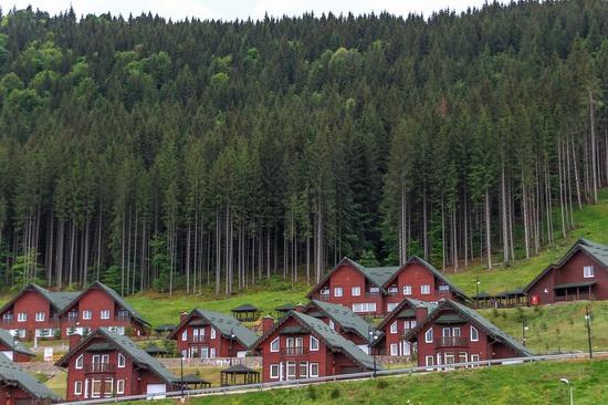 Spring in Bukovel ski resort, Ukraine, photo 8