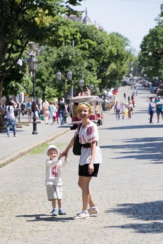 Marsh in national costumes, Odessa, Ukraine, photo 8