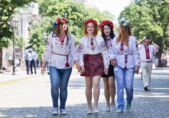 Marsh in national costumes, Odessa, Ukraine, photo 9