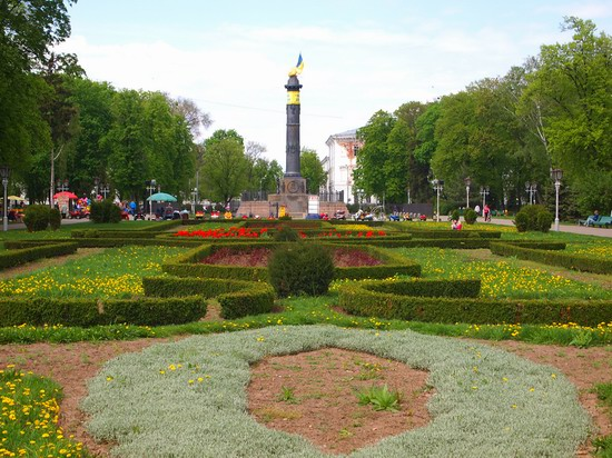 Poltava streets in spring, Ukraine, photo 13