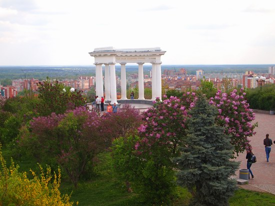 Poltava streets in spring, Ukraine, photo 16