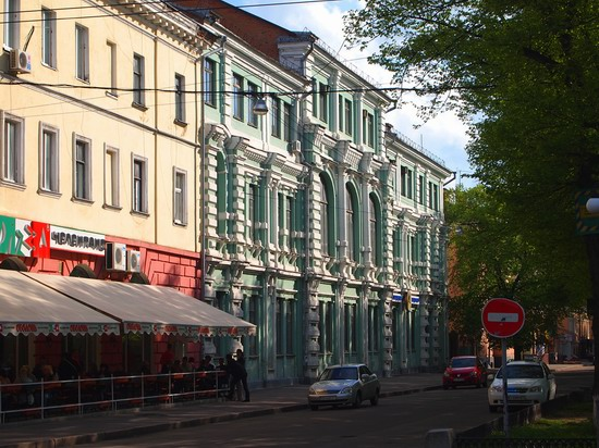 Poltava streets in spring, Ukraine, photo 21