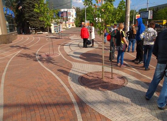 Poltava streets in spring, Ukraine, photo 3