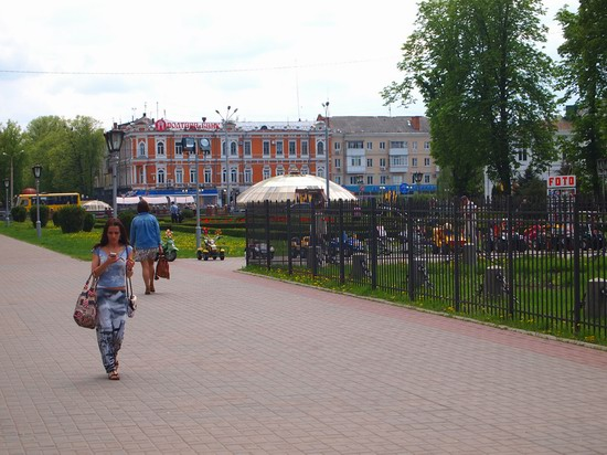 Poltava streets in spring, Ukraine, photo 8