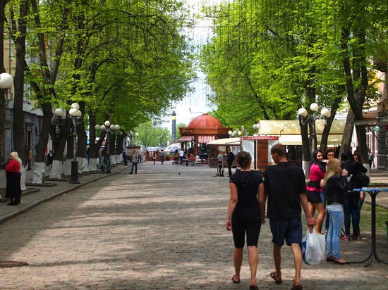 Poltava streets in spring, Ukraine, photo 9