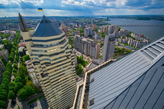 The tallest building in Dnepropetrovsk, Ukraine, photo 1