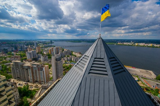 The tallest building in Dnepropetrovsk, Ukraine, photo 3