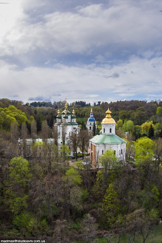 Vudubickiy Monastery, Kyiv, Ukraine, photo 2
