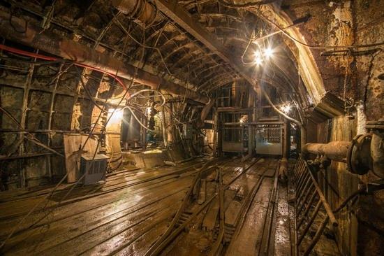 The catacombs of the unfinished subway, Dnepropetrovsk, Ukraine, photo 10