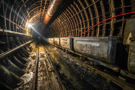 The catacombs of the unfinished subway, Dnepropetrovsk, Ukraine, photo 3