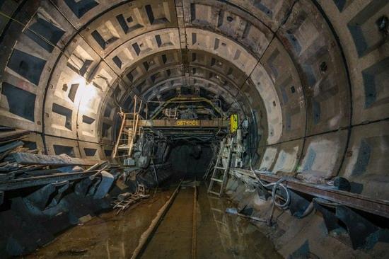 The catacombs of the unfinished subway, Dnepropetrovsk, Ukraine, photo 4