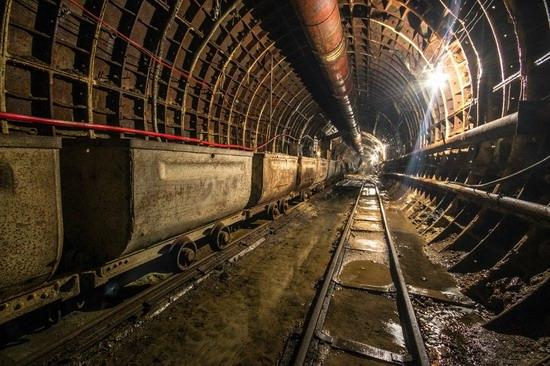 The catacombs of the unfinished subway, Dnepropetrovsk, Ukraine, photo 5