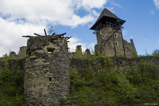 The ruins of Nevytsky Castle, Zakarpattia region, Ukraine, photo 1