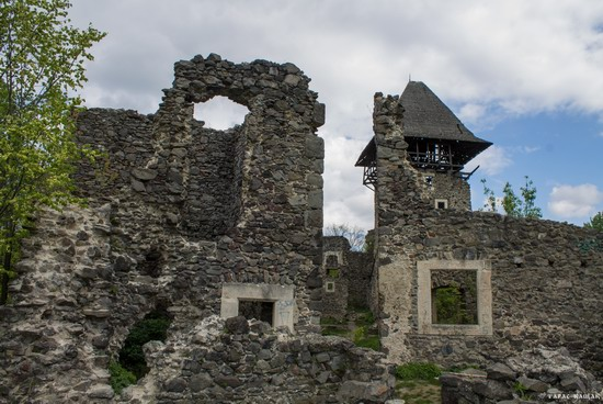 The ruins of Nevytsky Castle, Zakarpattia region, Ukraine, photo 7