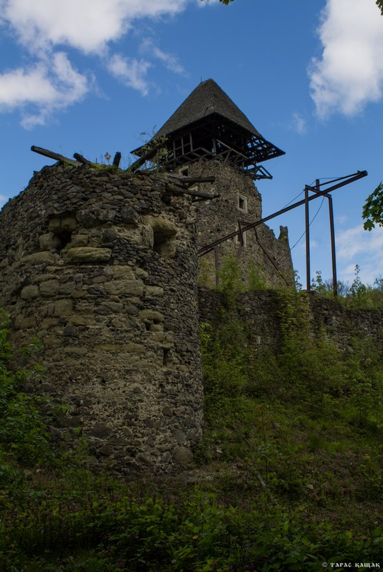 The ruins of Nevytsky Castle, Zakarpattia region, Ukraine, photo 8