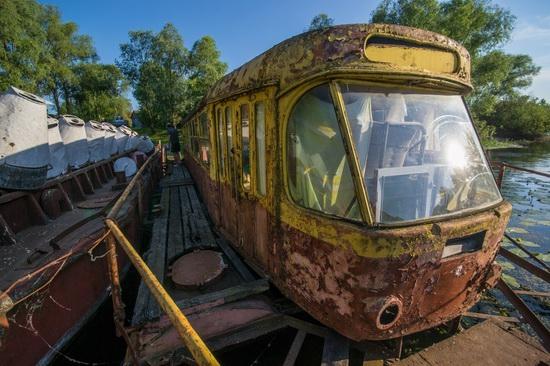 Abandoned river tram, the Desna River, Kyiv region, Ukraine, photo 10