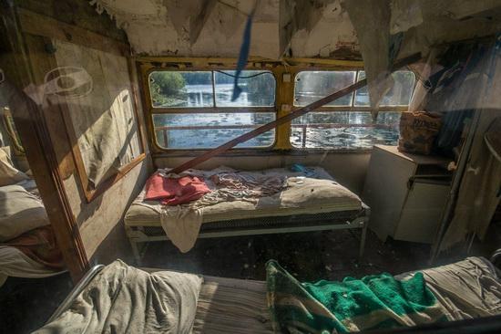 Abandoned river tram, the Desna River, Kyiv region, Ukraine, photo 11