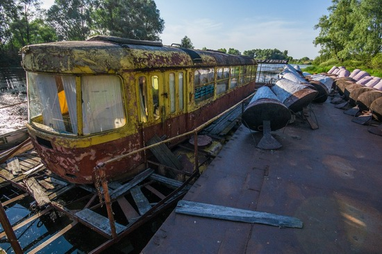 Abandoned river tram, the Desna River, Kyiv region, Ukraine, photo 12