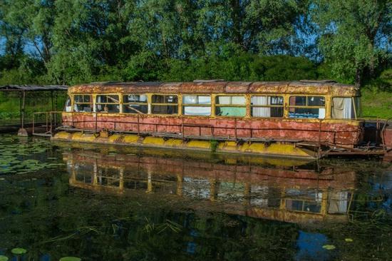 Abandoned river tram, the Desna River, Kyiv region, Ukraine, photo 3