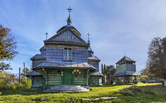 Church of St. Michael the Archangel in Lahodiv, Lviv region, Ukraine, photo 15