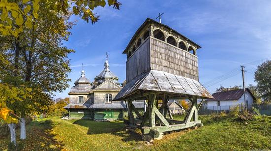 Church of St. Michael the Archangel in Lahodiv, Lviv region, Ukraine, photo 5